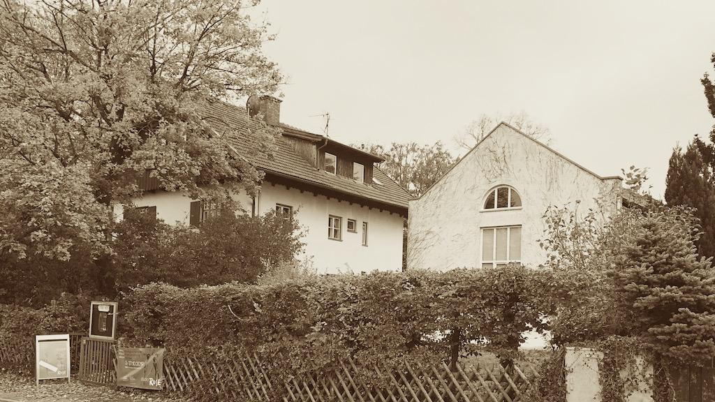 Außenansicht des studioRose in Schondorf am Ammersee